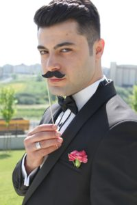 Der Schnurrbart ist einer der beliebtesten Bartvarianten